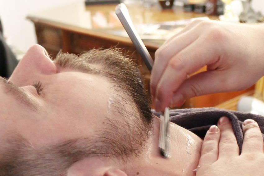 herren haarschnitt und bartcontouring - verwöhnstunde für den mann bei püppikram deinem barber in friedrichshain