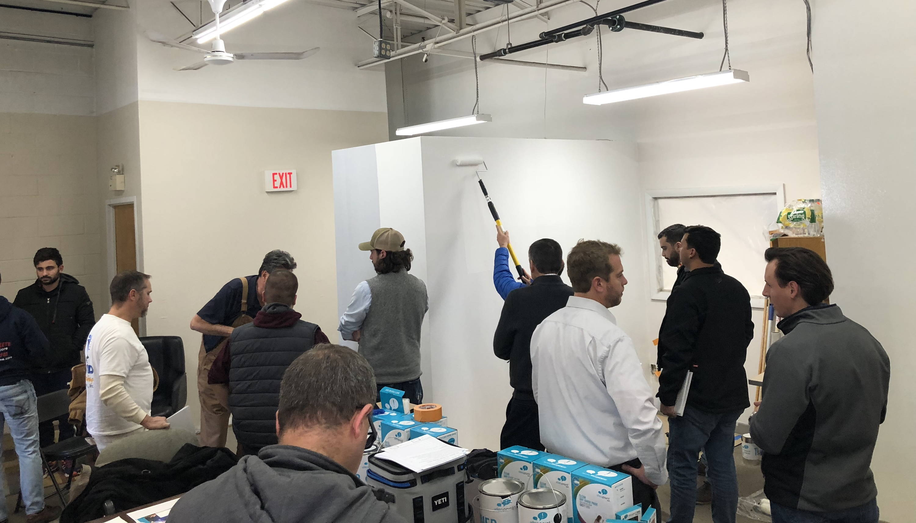 Ideapaint Teams Provides Training To Local Contractors At