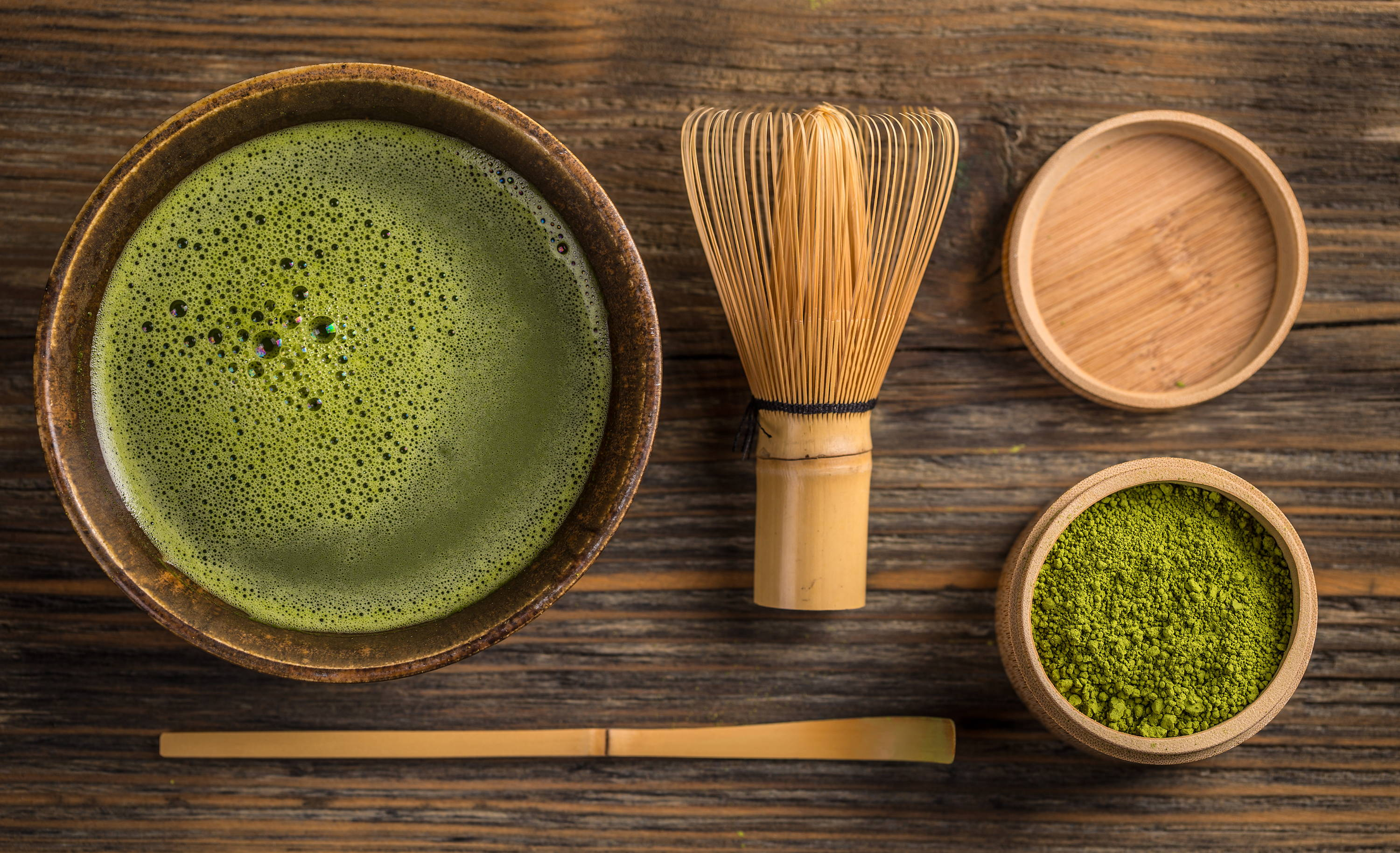 A bowl of matcha and matcha kits