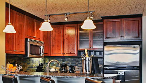 Blackstone Mountain Resort - Kitchen Island