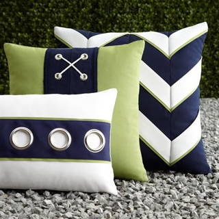 Outdoor Throw  Pillows & Blankets
