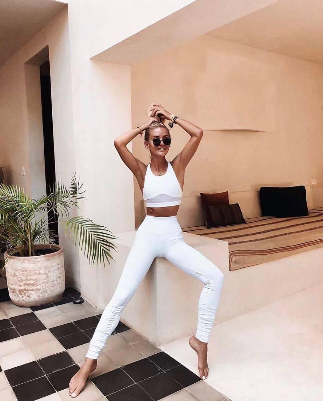 Alo Yoga Mto Leggings Shop Outfit