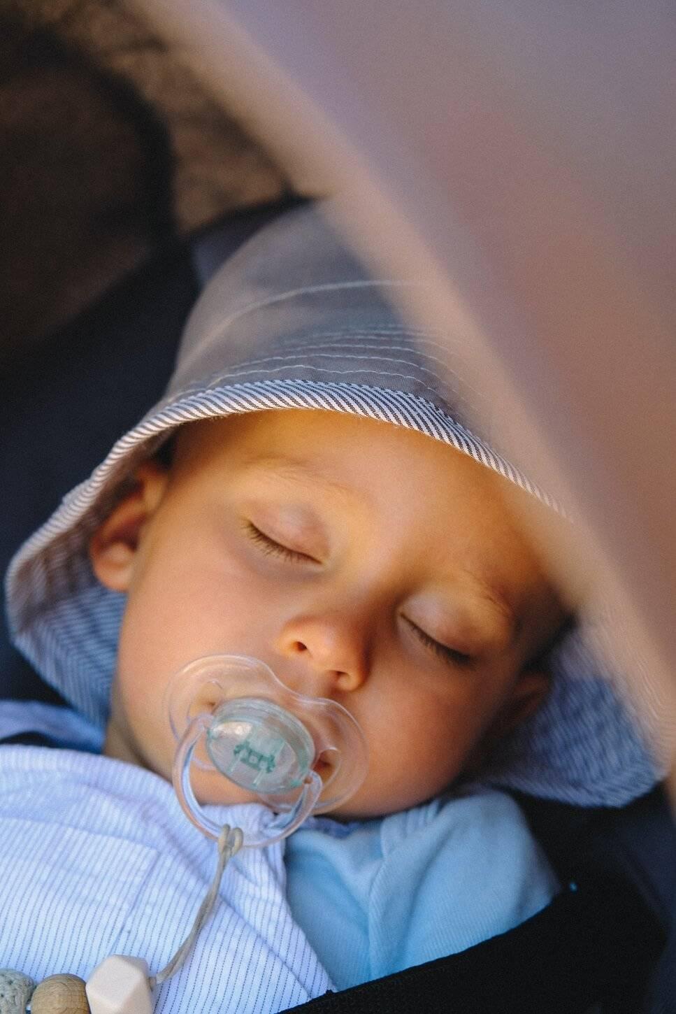 proteger la peau de bebe du soleil
