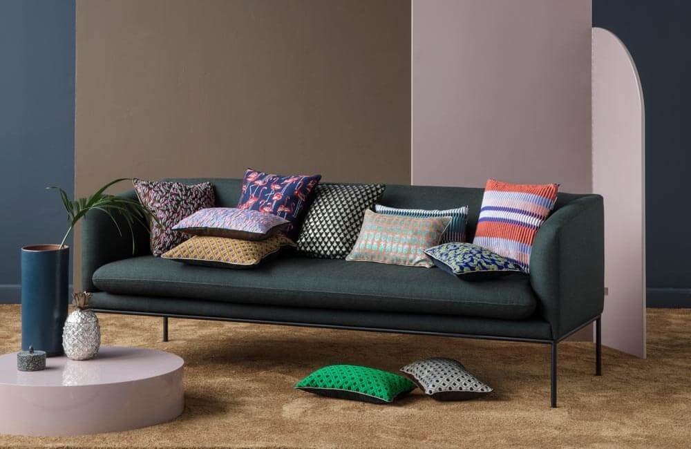 Couch Pillows & Throw Pillows - How To - 2Modern