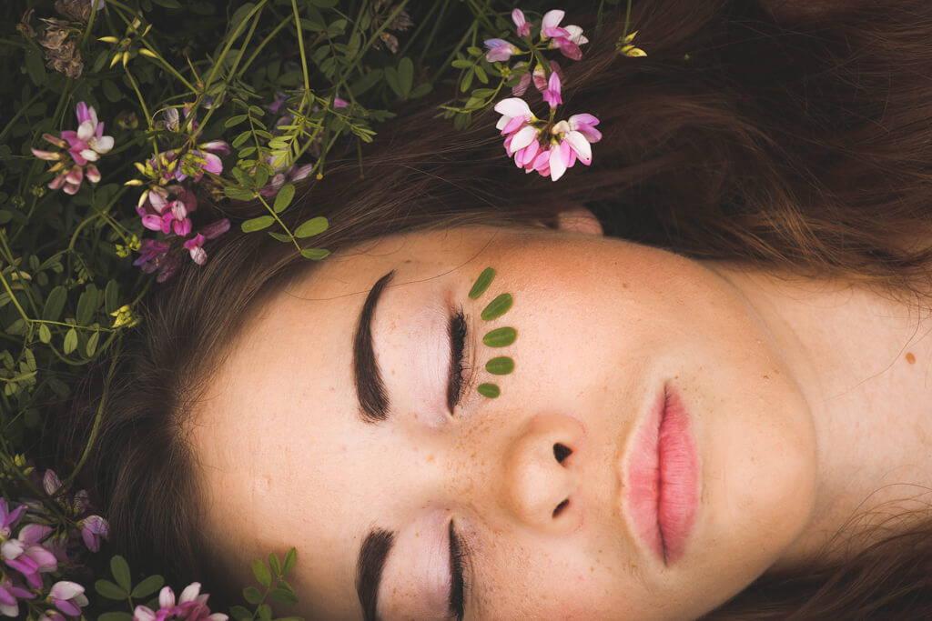 Augencreme: Wie viel Pflege braucht die Augenpartie wirklich? | Five Skincare