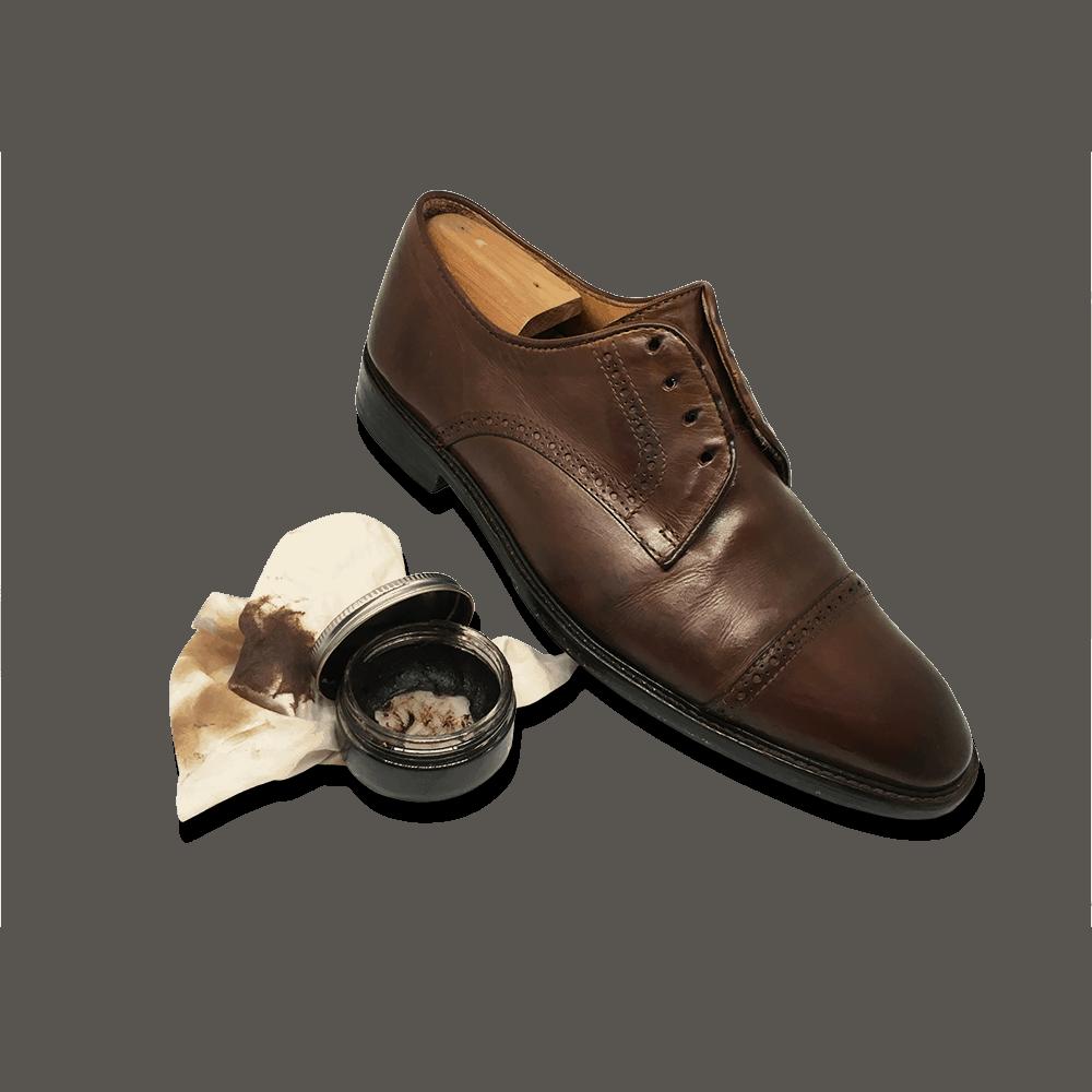cirer et nourrir le cuir de la chaussure