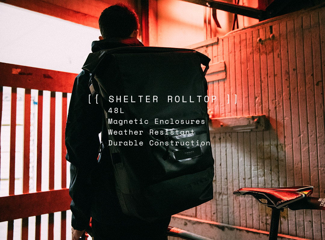 Shelter Rolltop. 48 Liters. Magnetic Enclosures. Weather Resistant. Durable Construction.