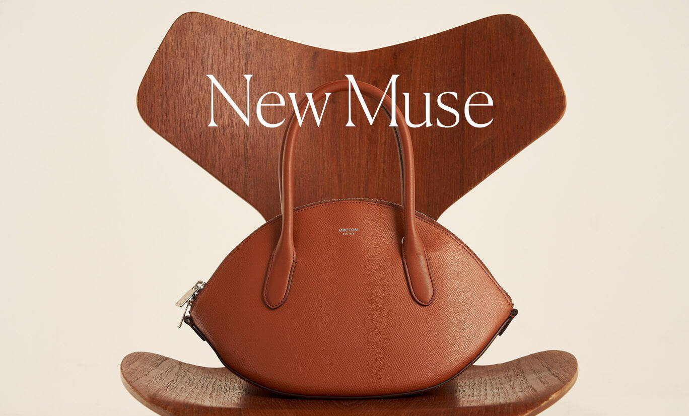 Oroton A21 Muse Crescent Bag in Cognac