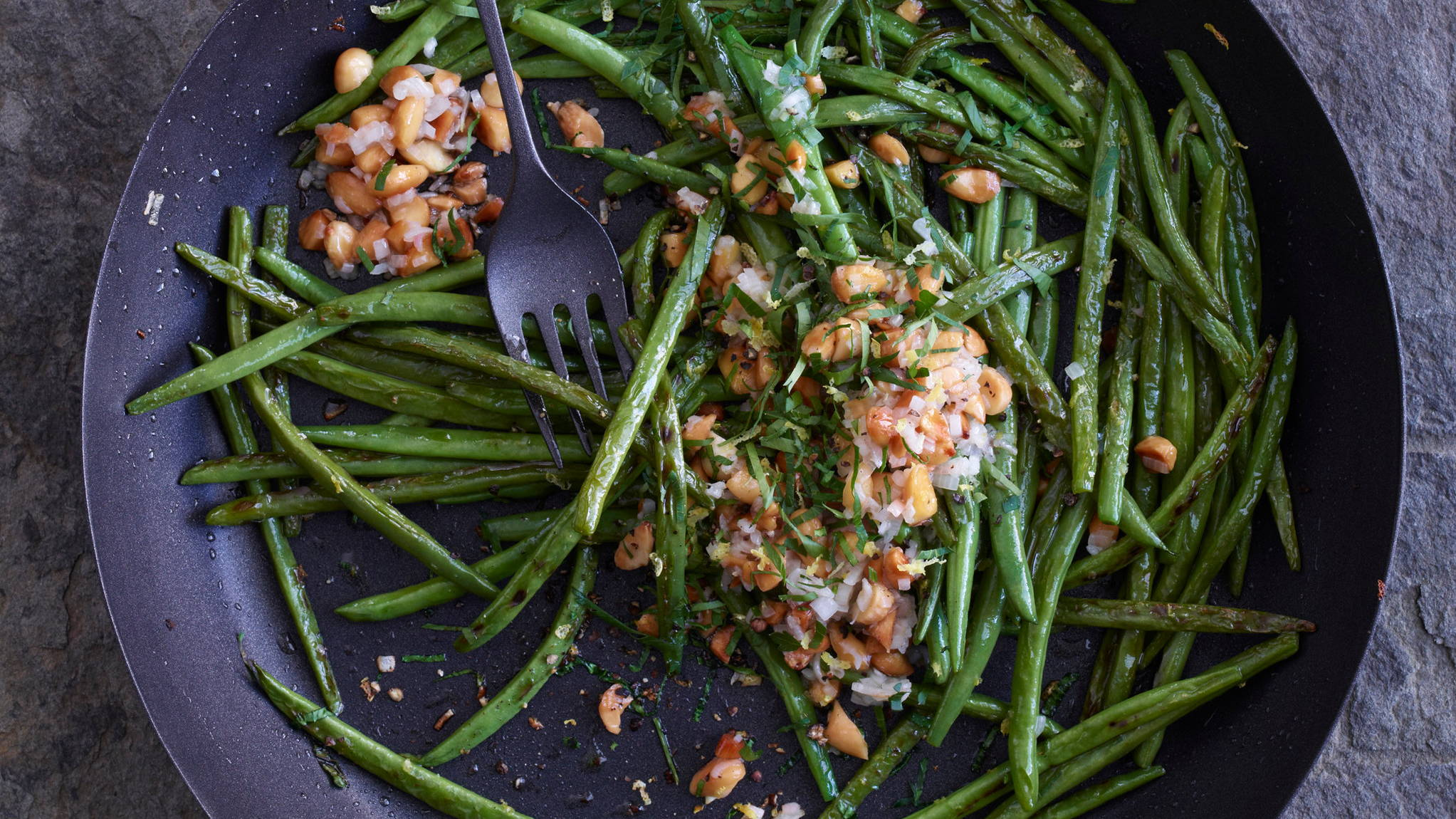 green beans almonds lemon
