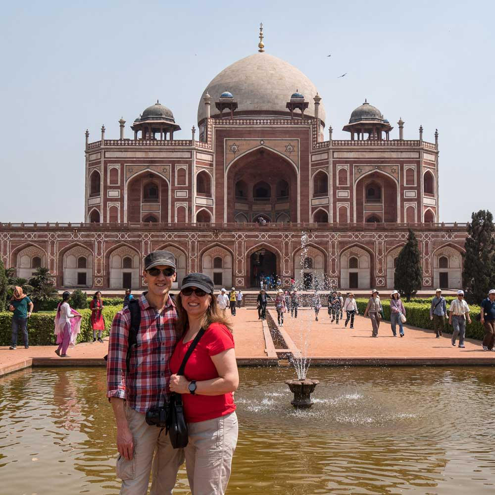Travelbay India Tours - Customer Reviews - Simon & Gina in India