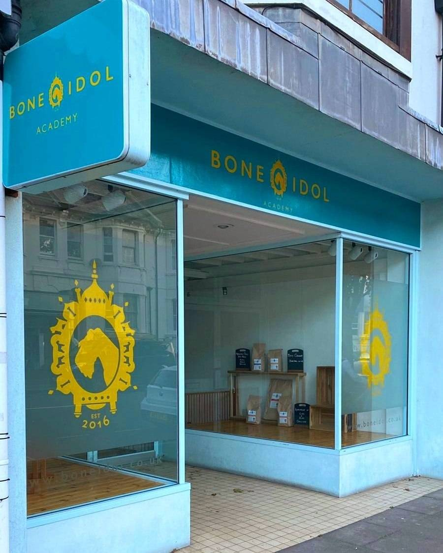 Bone Idol Academy | Hove | Level 3 Diploma in Dog Grooming