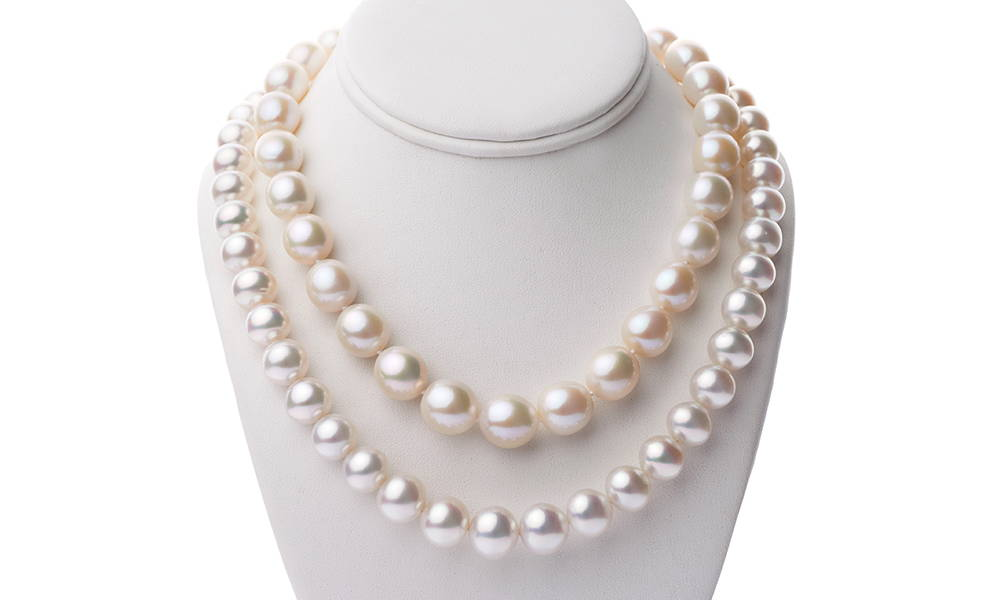 Pearl Value Factors: SHAPE Round vs Baroque Pearls