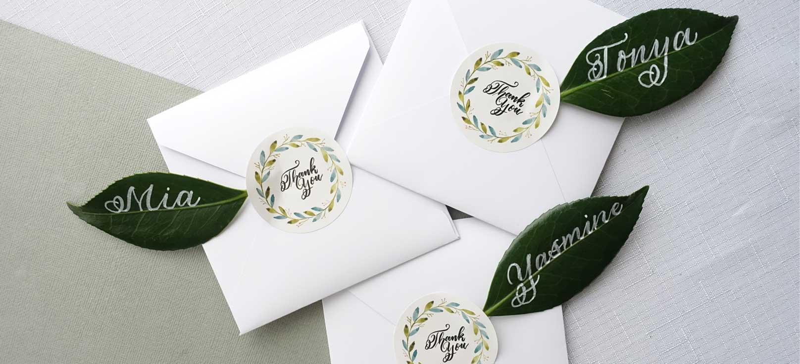 Leaf place cards with calligraphy names