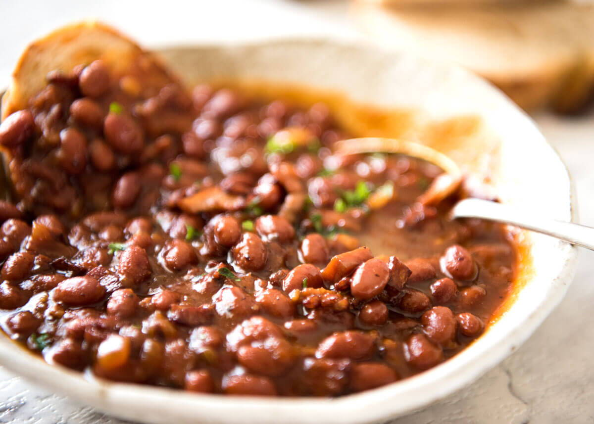 420 friendly herb infused crock pot baked beans