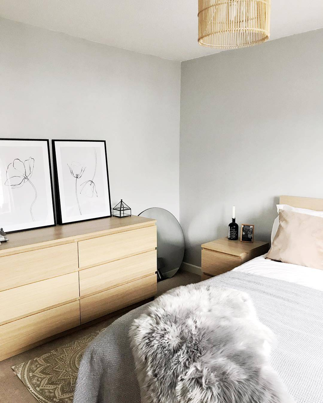 scandi minimalist bedroom