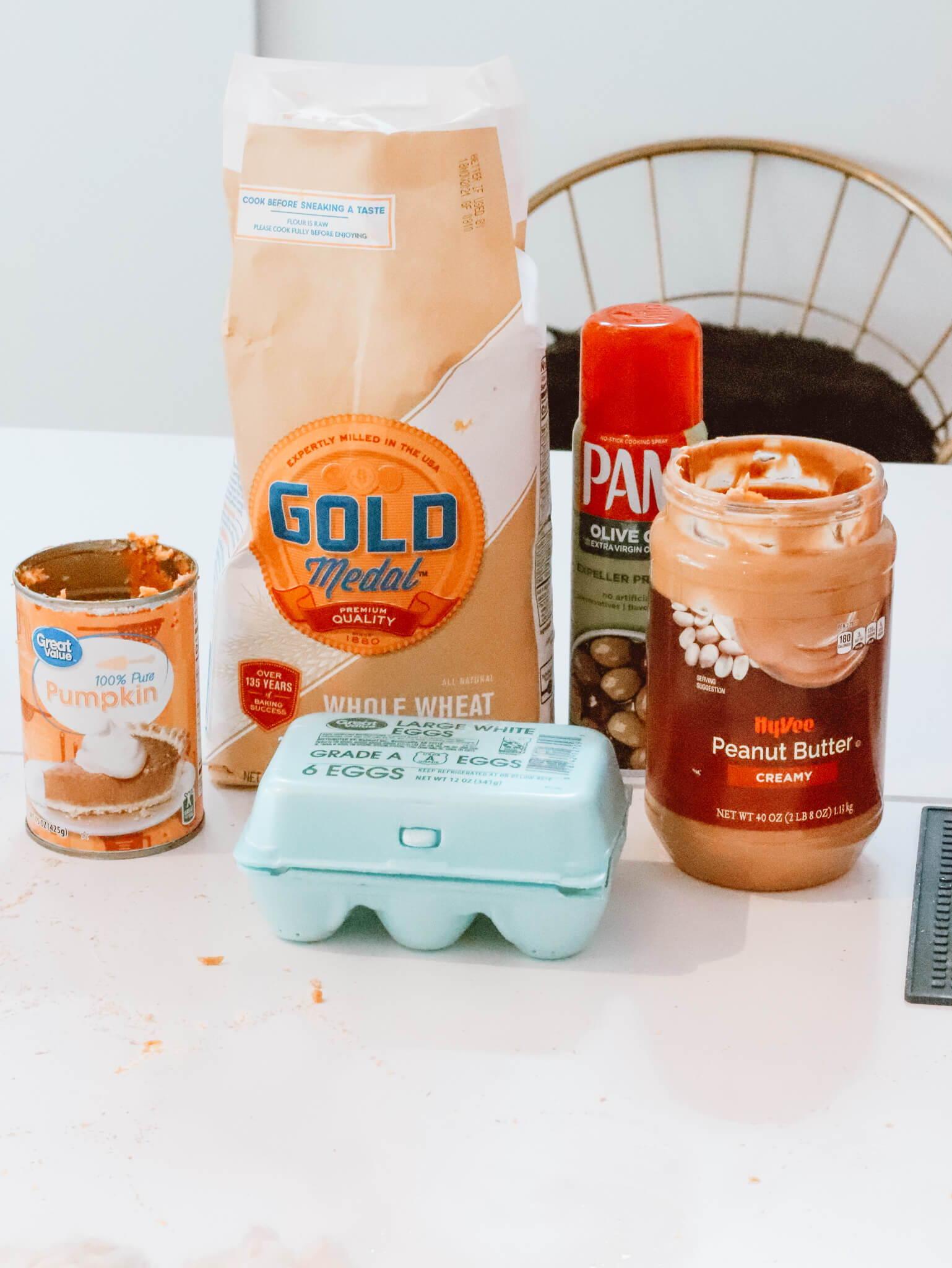 ingredients for peanut butter pumpkin dog treats