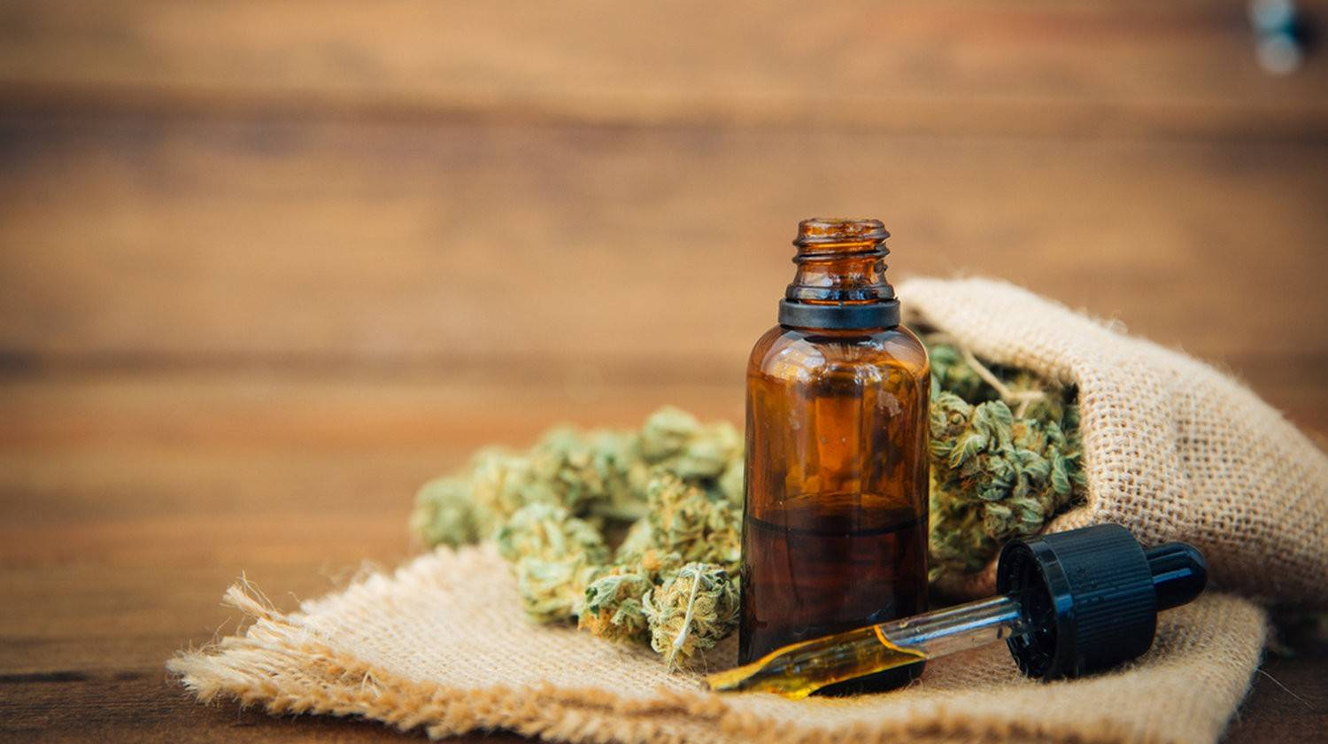 Featured | Essential oil made from medicinal cannabis | Reduce Pain & Inflammation with CBD Oil