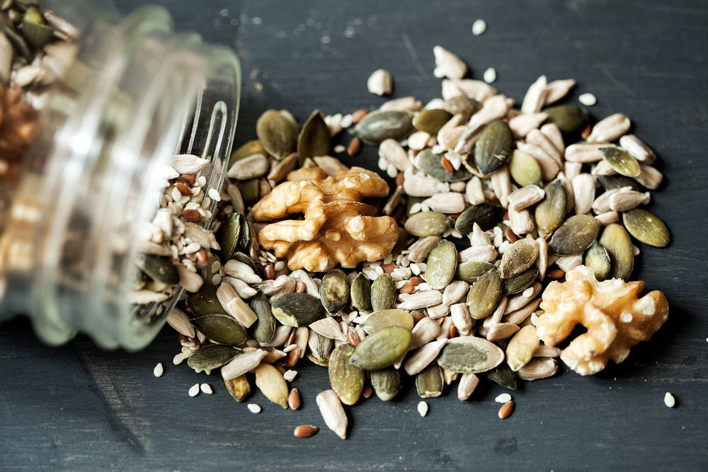 keto-granola-nuts-seeds