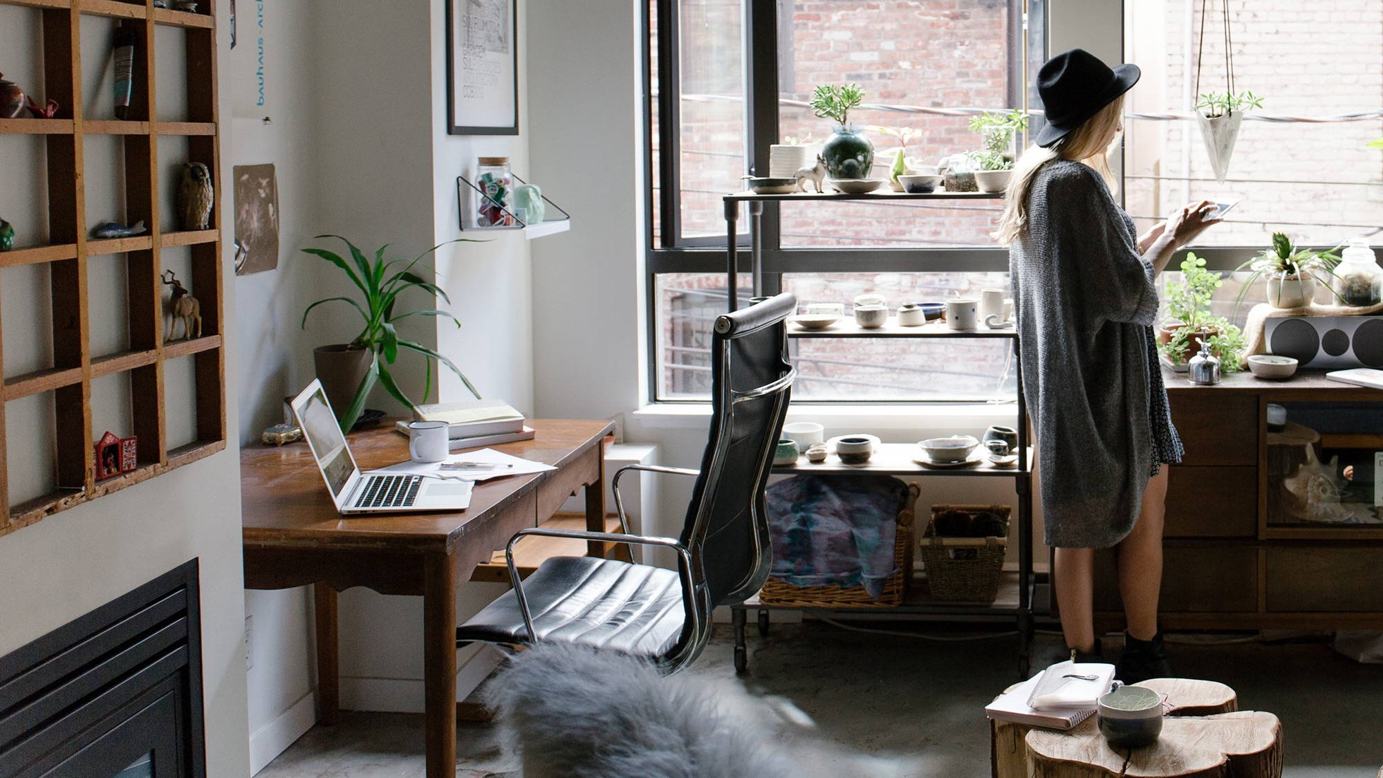 How to Create A Beautiful Home Office