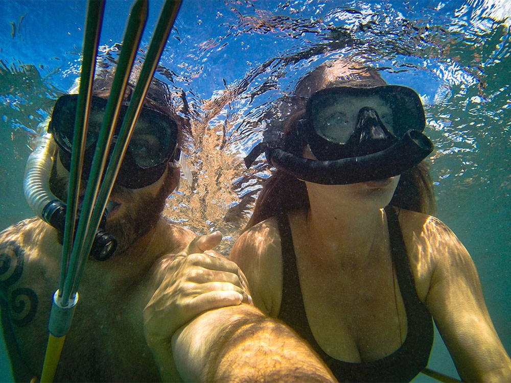 snorkles on underwater