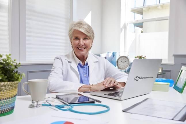 Dr Lorraine Dickson