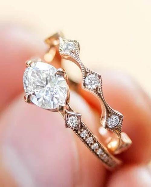 vs2 horizontal oval diamond ring