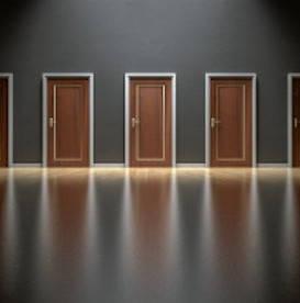 multiple-doors-choosing-wisely
