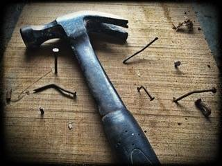 Principle of Kettlebell Training - Thou shalt not try to hammer a bent nail