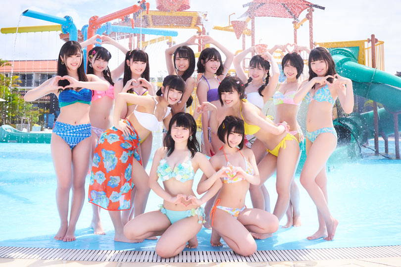 Niji no Conquistador Japanese idol group pic in bikinis 虹のコンキスタドール