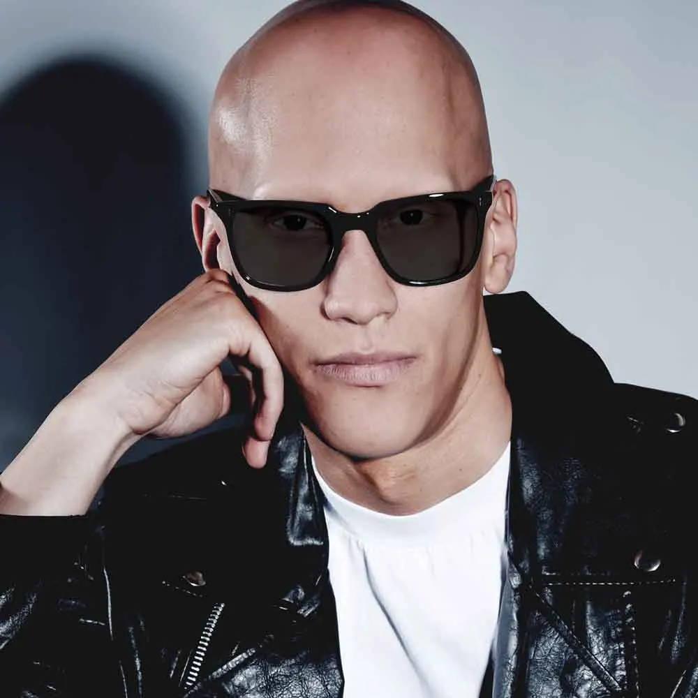 Male model wearing joiuss kent black wayfarer sunglasses