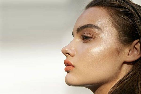 reflets dorés visage