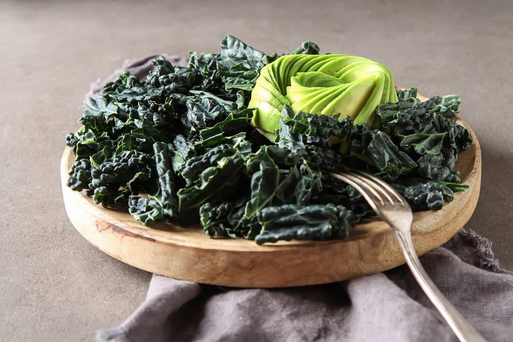 vegan-keto-kale-avocado-salad