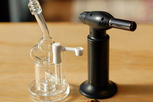 Shop for E-Nails and Butane Torches for Dabbing at DopeBoo.com