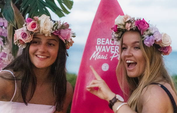 Sally Fitzgibbons fans at the Beachwaver Maui Pro Women's Surf Championship