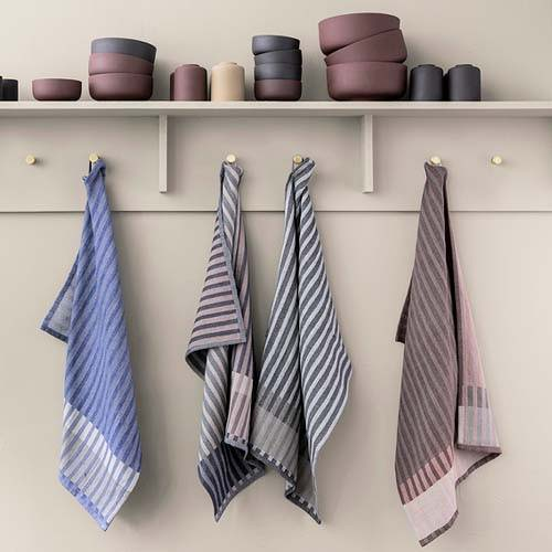 Kitchen Accessories - Towels