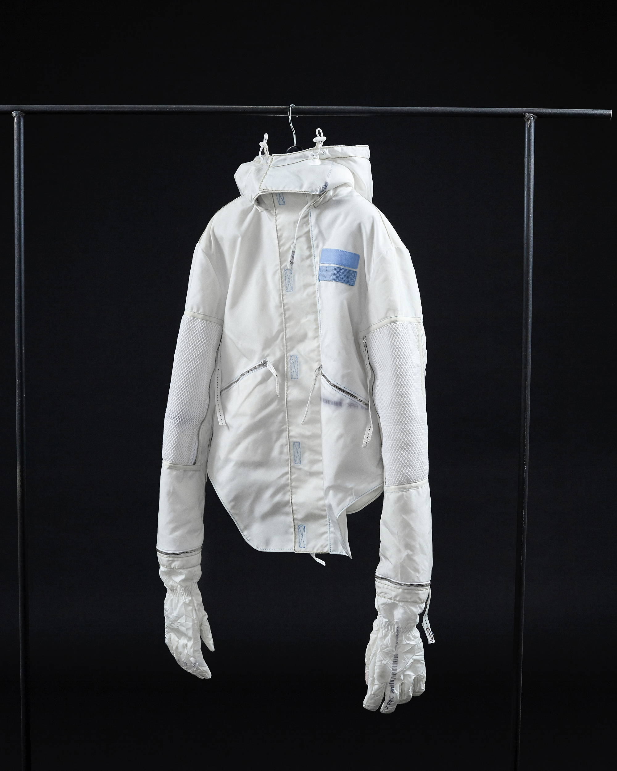 Kanghyuk FW18 Astronaut Jacket Airbag Detachable Gloves - Hlorenzo