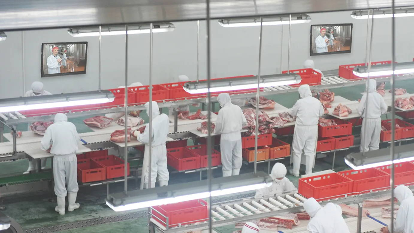 Digital Display Enclosures and Software for Food Processing Facilities | Call The TV Shield today