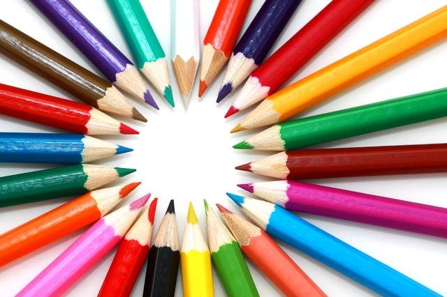 Different Coloured Pencils In A Circle Formation
