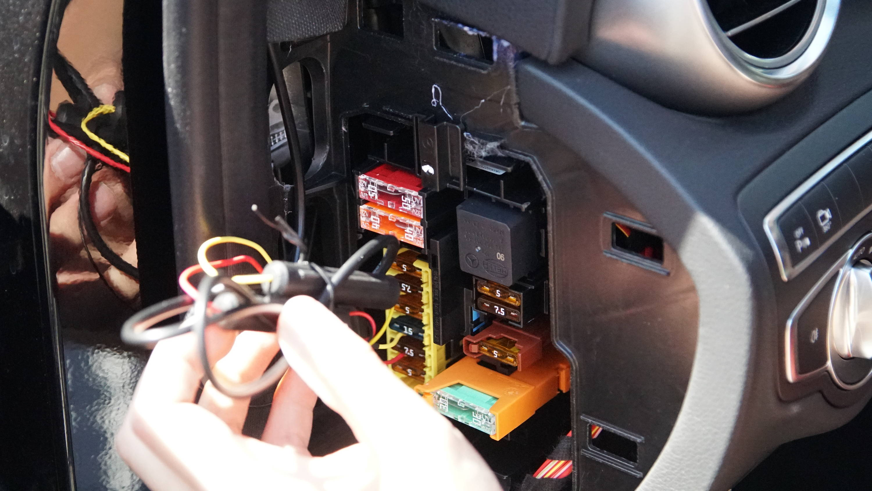 Car Wire Into Fuse Box | Wiring Diagram Old Fuse Box Wiring Diagram Wires on