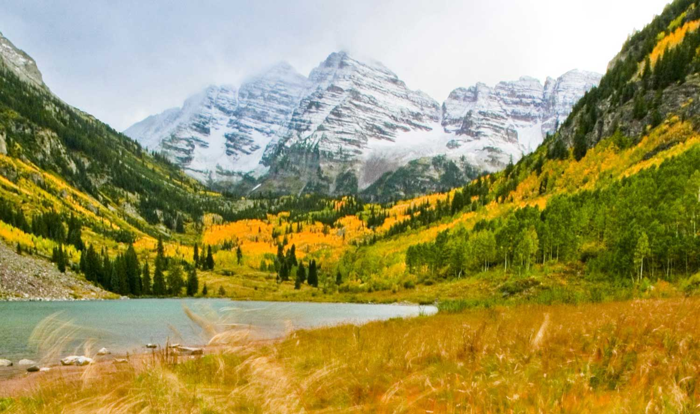 420 Hiking in Maroon Bells Colorado - DopeBoo