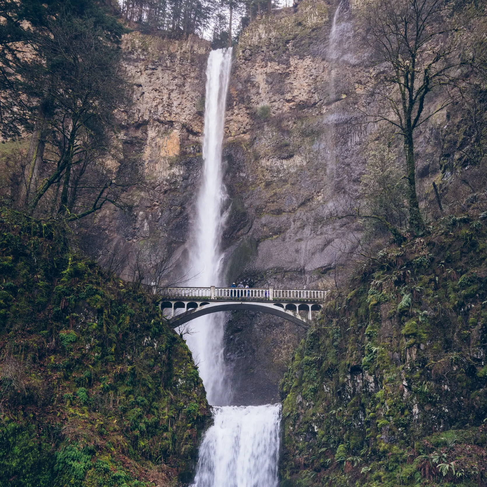Multnomah Falls Oregon Rumpl