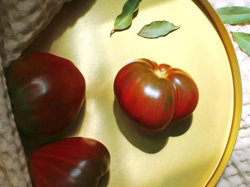 Superfood Tomatenmark – Slow-Aging für die Haut | Five Skincare