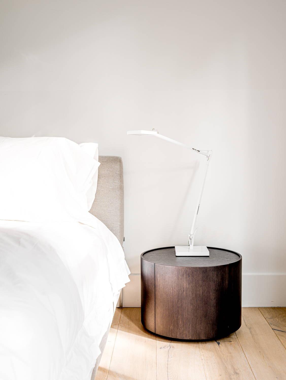 JANGEORGe Interiors & Furniture Project Sag Harbor, bedroom with B&B Italia furniture, Flos Lighting and Tisettanta night table