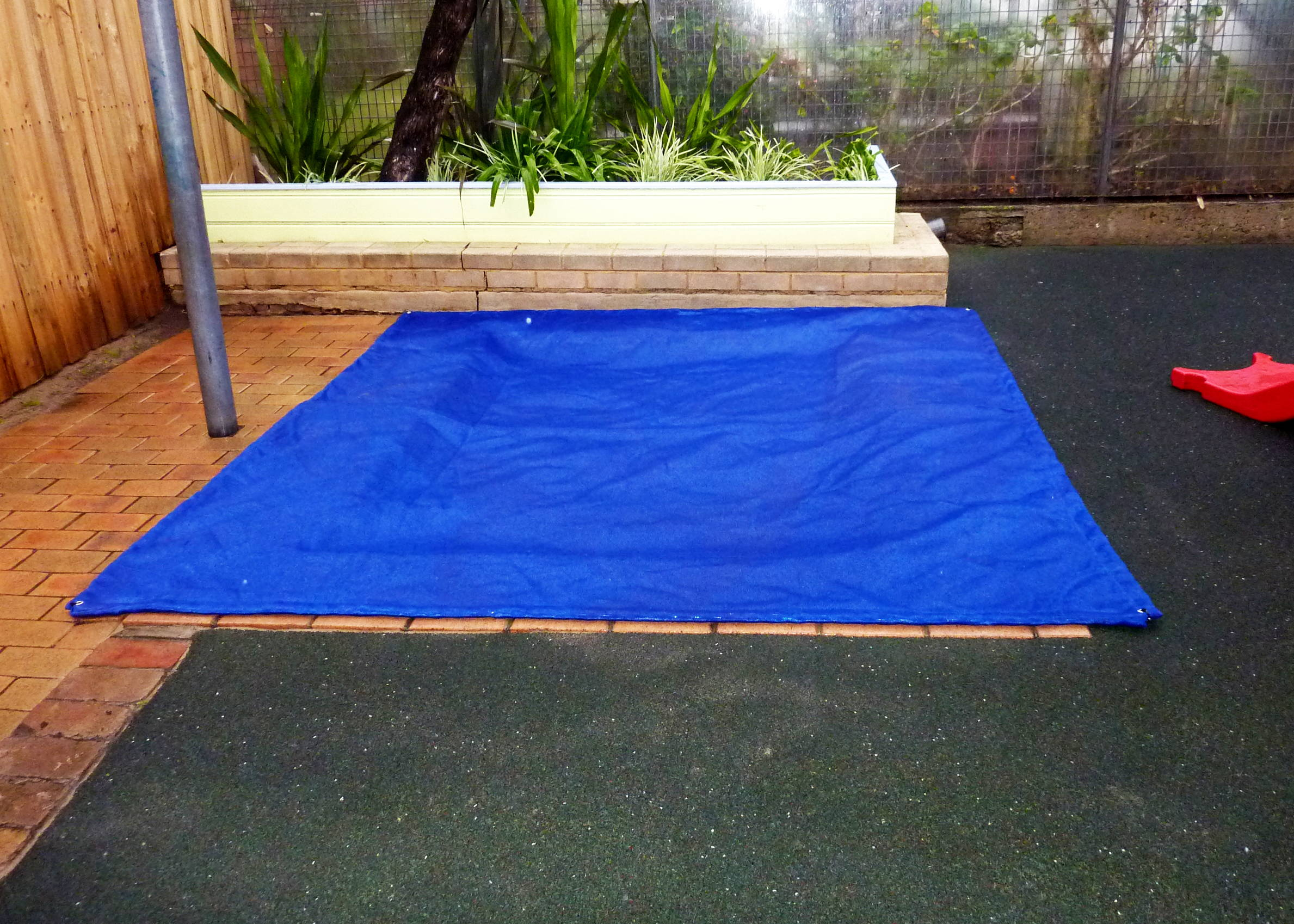 sand-pit-cover-home
