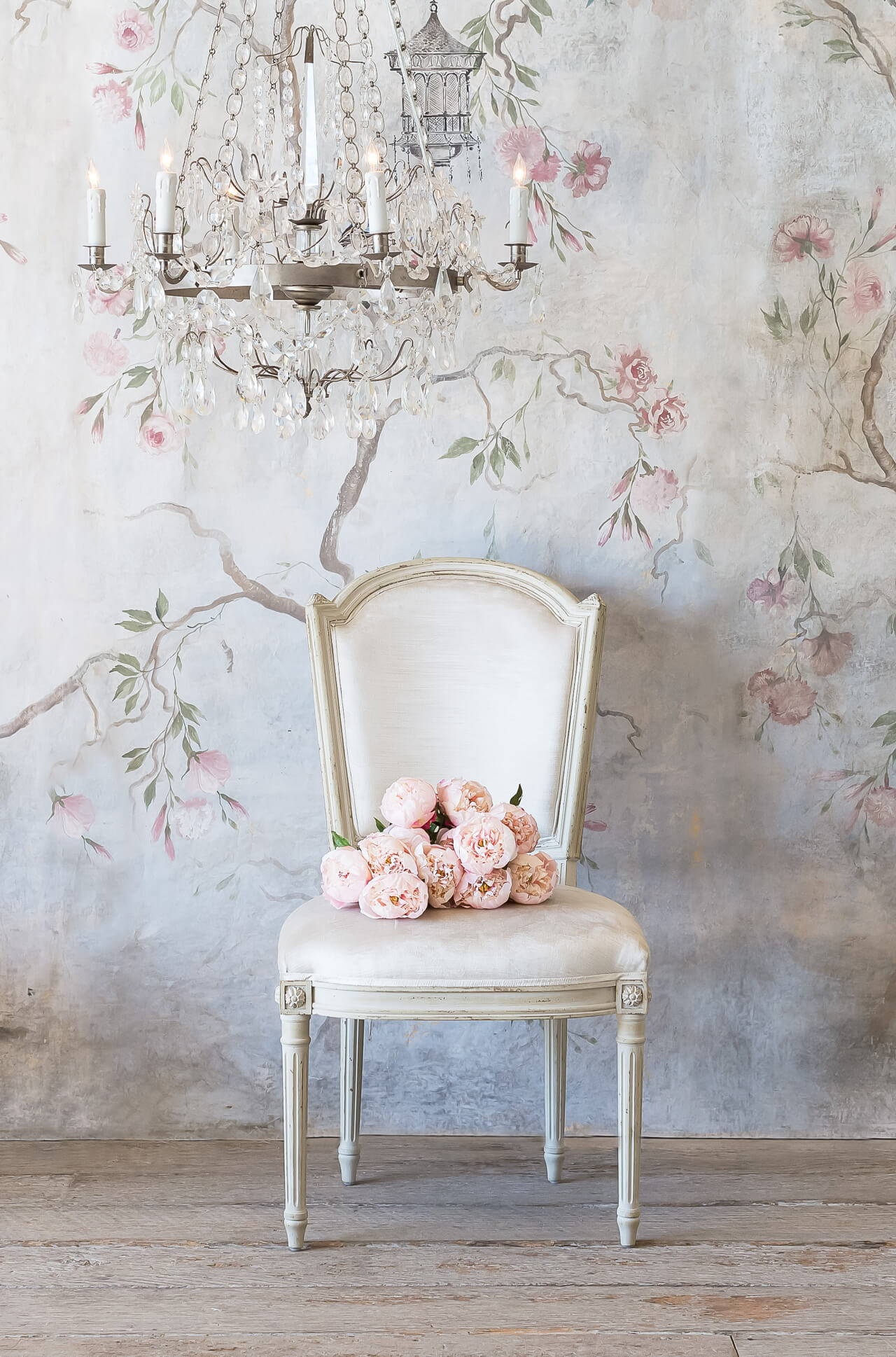Eloquence® Flins Dining Chair in Dove Velvet and Antique Linen Finish