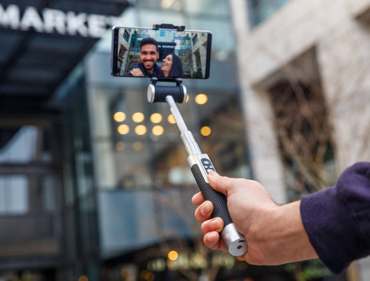 Pictar Smart selfie stick control panel
