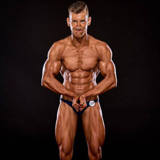 semper fi body concept Natural Bodybuilding Wettkampf Coaching Athlet Philip Anheuser