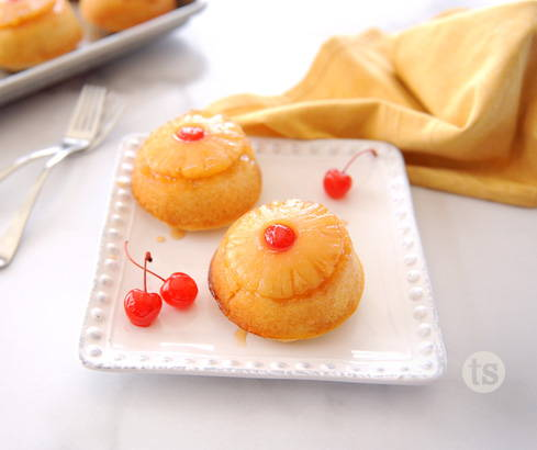 mini pineapple upside-down cake