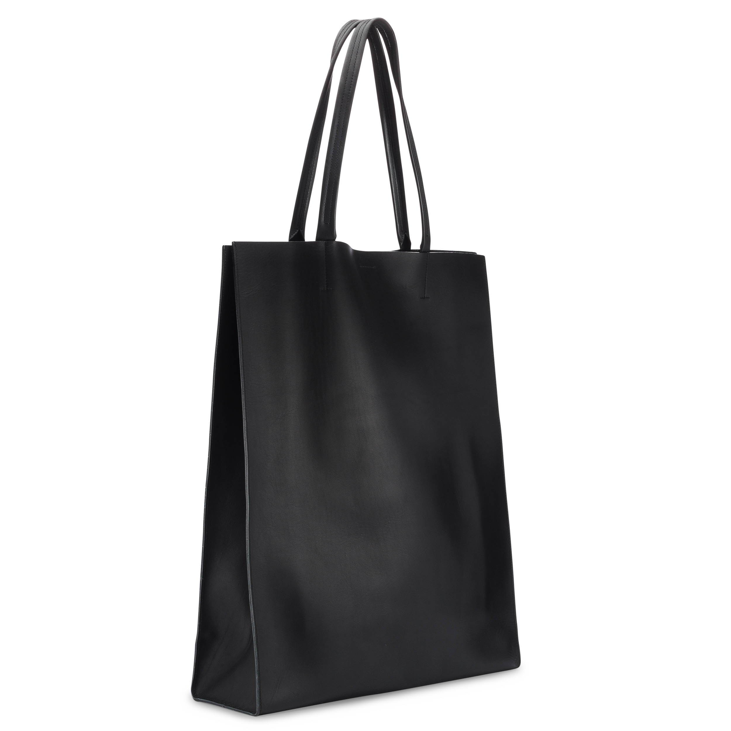 Lightweight leather market tote