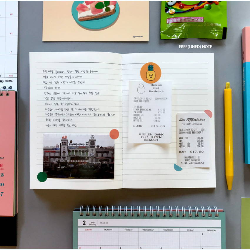 Free note - Design Comma-B 2020 Sweet dessert dated weekly diary planner